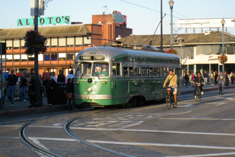 street car in san francisco