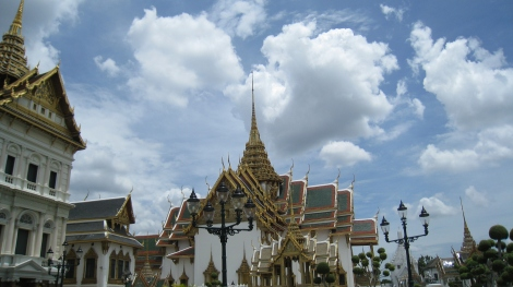 palace and bright sky in bangkok