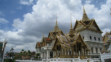 golden roof in bangkok